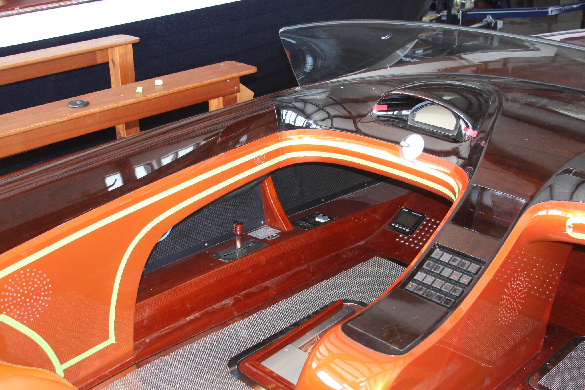 Carved mahogany dash of VZ