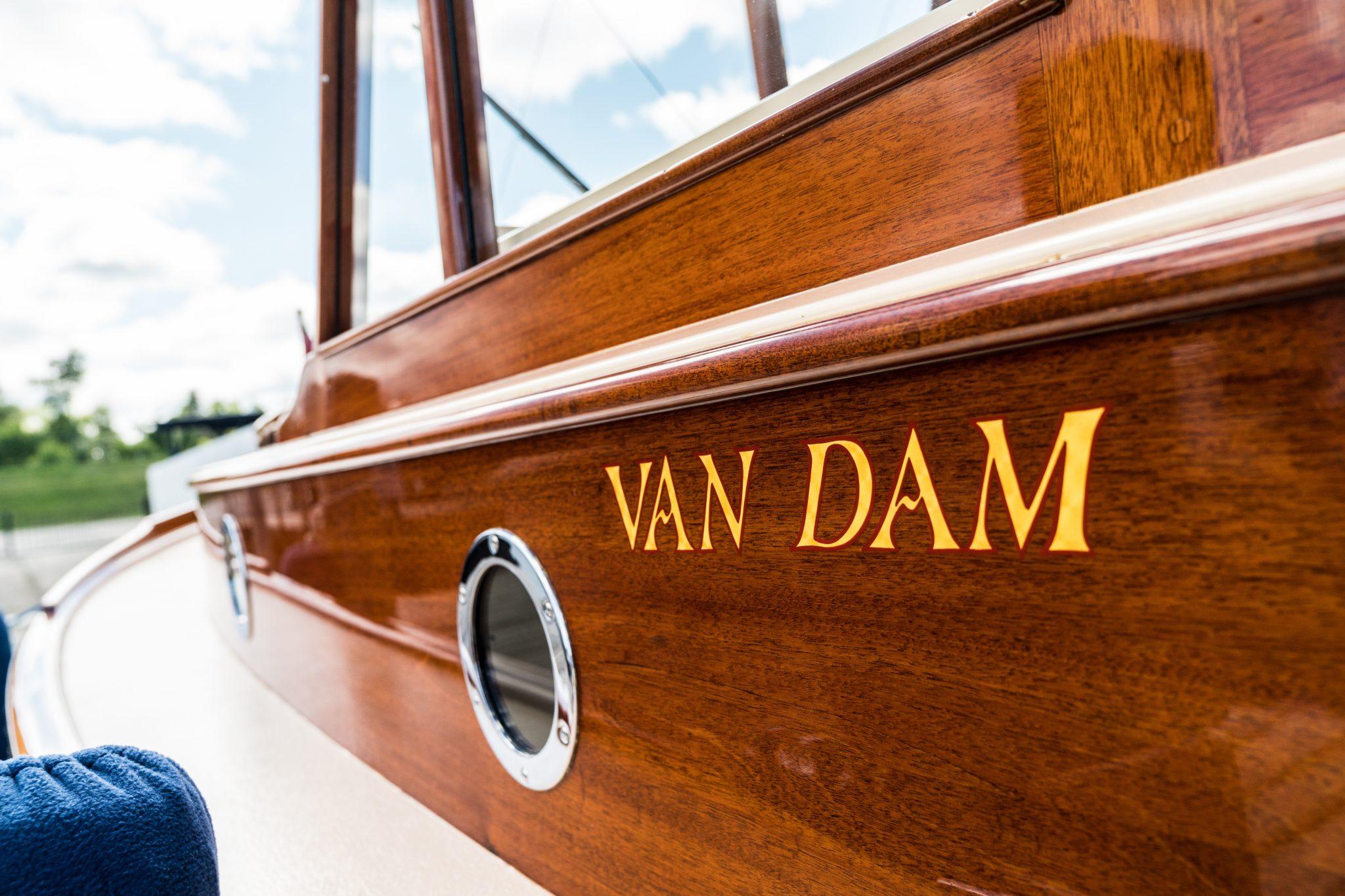 Stunning Van Dam craftsmanship
